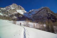 Dolomiti Friulane, Forni di Sopra, Italy, Januari 2006. A week after christmass and the holiday makers have left the region. We have the mountains for ourselves. The Dolomiti offer some of the best snowshoe hikes in the world. Photo by Frits Meyst/Adventure4ever.com