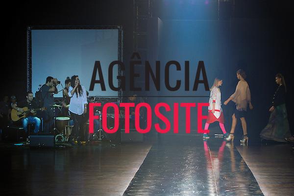 Sao Paulo, Brasil - 15/10/2013 - Desfile Art Experience  durante a 34 Casa de Criadores  - Inverno 2014.<br /> Foto: Marcelo Soubhia/ FOTOSITE