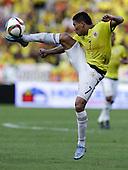 Carlos Bacca controla el bal&oacute;n en el partido contra Peru  en el Estadio Metropolitano Roberto Melendez de Barranquilla el  8 de octubre de 2015.<br /> <br /> Foto: Archivolatino<br /> <br /> COPYRIGHT: Archivolatino<br /> Prohibido su uso sin autorizaci&oacute;n.