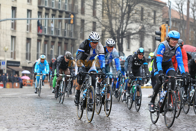 The pelethon including Johan Van Summeren (BEL) Garmin Sharp pass through Pavia during the 104th edition of the Milan-San Remo cycle race, 17th March 2013 (Photo by Eoin Clarke 2013)