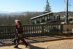 20080110 - France - Aquitaine - Pau<br /> LE FUNICULAIRE DE PAU QUI MENE AU BOULEVARD DES PYRENEES.<br /> Ref : PAU_038.jpg - © Philippe Noisette.