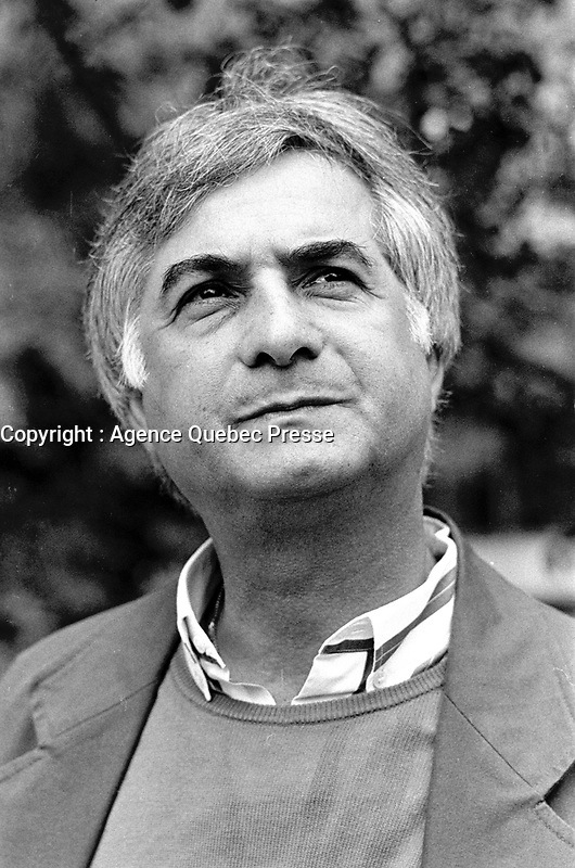 MONTREAL, CANADA - File Photo - French actor Jean-Claude Brialy pose for an exclusive photoshoot on july 18, 1988.<br /> <br /> <br /> Photo : agence quebec presse - Pierre Roussel