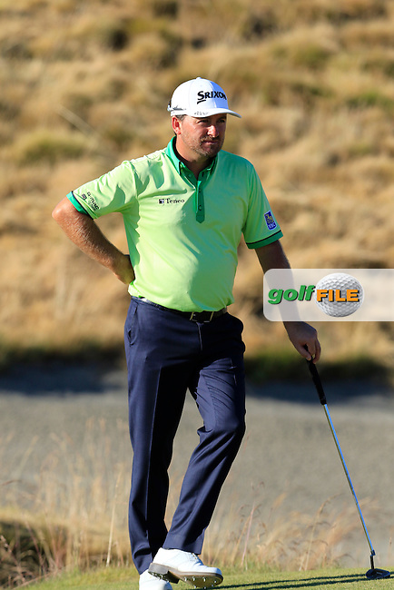 Graeme McDOWELL (NIR) on the 15th green during Friday's Round 2 of the 2015 U.S. Open 115th National Championship held at Chambers Bay, Seattle, Washington, USA. 6/20/2015.<br /> Picture: Golffile | Eoin Clarke<br /> <br /> <br /> <br /> <br /> All photo usage must carry mandatory copyright credit (&copy; Golffile | Eoin Clarke)