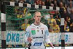 Voll konzentriert Rhein Neckar Loewe Mikael Appelgren (Nr.1)  beim Spiel in der Handball Bundesliga, Rhein Neckar Loewen - FRISCH AUF! Goeppingen.<br /> <br /> Foto &copy; PIX-Sportfotos *** Foto ist honorarpflichtig! *** Auf Anfrage in hoeherer Qualitaet/Aufloesung. Belegexemplar erbeten. Veroeffentlichung ausschliesslich fuer journalistisch-publizistische Zwecke. For editorial use only.