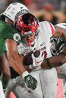 NWA Democrat-Gazette/CHARLIE KAIJO Arkansas Razorbacks running back Devwah Whaley (21) runs up the middle during the fourth quarter of a football game, Saturday, September 8, 2018 at Colorado State University in Fort Collins, Colo.