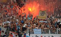 FUSSBALL   INTERNATIONAL   UEFA EUROPA LEAGUE   SAISON 2013/2014    Qualifikation, Rueckspiel VfB Stuttgart - HNK Rijeka      29.08.2013 Fans von Rijeka feieren mit bengalischem Feuer