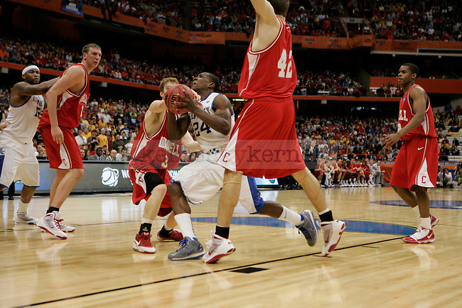 UK's Eric Bledsoe drives to the basket against Cornell at the Carrier Dome on Thursday, March 25, 2010. Photo by Britney McIntosh | Staff