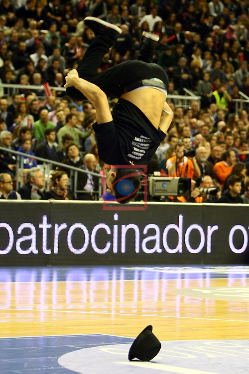 Dream Cheers - FC Barcelona Regal vs Caja Laboral: 66-57 - Copa del Rey 2012 - Semifinal.