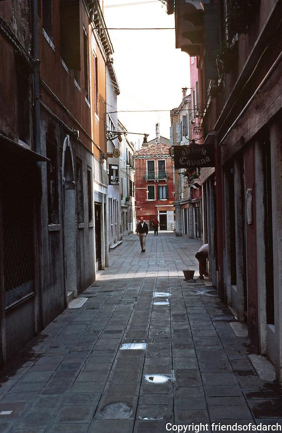 Venice:  a three minute walk--4.  Photo '83.