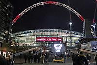Fans auf dem Weg ins ausverkaufte Wembley Stadium - 10.11.2017: England vs. Deutschland, Freundschaftsspiel, Wembley Stadium