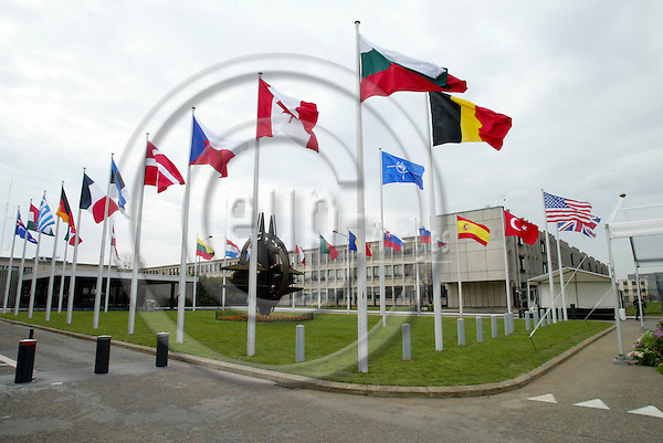 BRUSSELS - BELGIUM - 04 APRIL 2004--NATO celebration of the entry of the seven new member countries-- Seven new flags have been posted at the NATO Headquarters in Brussels-- PHOTO: ERIK LUNTANG / EUP-IMAGES