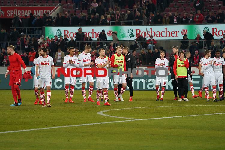 08.02.2019, RheinEnergieStadion, Koeln, GER, 2. FBL, 1.FC Koeln vs. FC St. Pauli,<br />  <br /> DFL regulations prohibit any use of photographs as image sequences and/or quasi-video<br /> <br /> im Bild / picture shows: <br /> die koelner bedanken sich bei den Fans <br /> <br /> Foto © nordphoto / Meuter