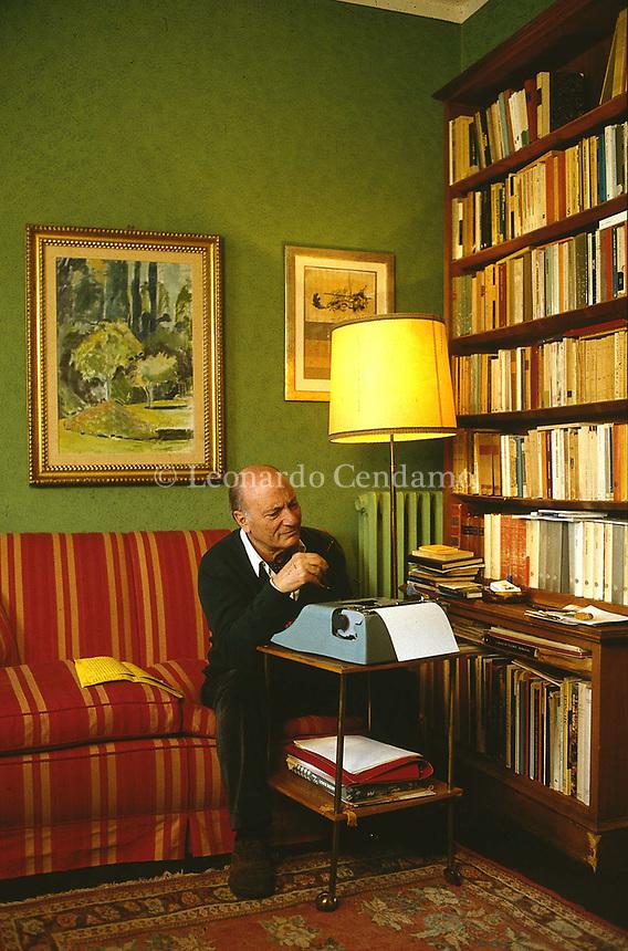 Raffaele La Capria (born 8 October 1922) is an Italian novelist and screenwriter, known especially for the three novels which were collected. Rome 23 marzo 1993. © Leonardo Cendamo
