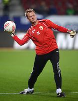 FUSSBALL   1. BUNDESLIGA  SAISON 2012/2013   13. Spieltag FC Augsburg - Borussia Moenchengladbach           25.11.2012 Torwart Alexander Manninger (FC Augsburg)
