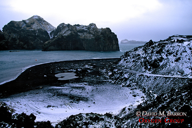 Klettsvik Bay