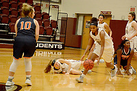 Graham Thomas/Herald-Leader<br /> Siloam Springs junior Jael Harried runs down a loose ball against Rogers Heritage on Dec. 13. Harried and the Lady Panthers open 5A-West Conference play against Beebe on Friday.