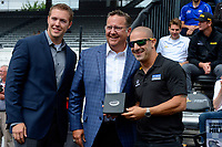 Verizon IndyCar Series<br /> Indianapolis 500 Drivers Meeting<br /> Indianapolis Motor Speedway, Indianapolis, IN USA<br /> Saturday 27 May 2017<br /> Starter's ring presentation: Tony Kanaan, Chip Ganassi Racing Teams Honda<br /> World Copyright: F. Peirce Williams
