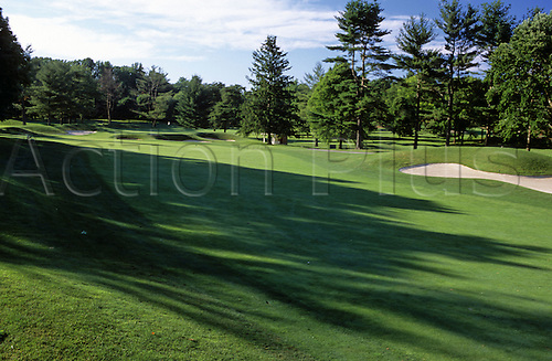 View of the 8th fairway at the Congressional Country Club, Bethesda, Maryland, USA. Photo: Brian Morgan/actionplus...golf course courses clubs general view views scene scenery spectacular landscape venue american MD eighth 732
