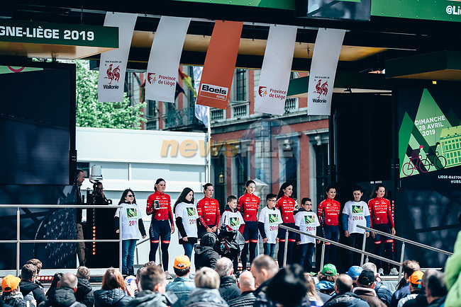 Cogeas Mettler Look at team presentation before the 2019 Liège-Bastogne-Liège Femmes,  running 138.5km from Bastogne to Liege, Belgium. 27th April 2019<br /> Picture: ASO/Thomas Maheux | Cyclefile<br /> All photos usage must carry mandatory copyright credit (© Cyclefile | ASO/Thomas Maheux)