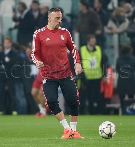 23.02.2016. Turin, Italy. UEFA Champions League football. Juventus versus Bayern Munich.  Franck Ribery (FC Bayern Munich) warms up