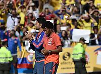BOGOTA - COLOMBIA, 05-07-2018: Juan CUADRADO, Abel AGUILAR jugadores de la Selección Colombia de fútbol reciben un homenaje hoy, 05 de julio de 2018, después de su participación en la Copa Mundial de la FIFA Rusia 2018. El acto tuvo lugar een el estadio Nemesio Camacho El Campín de la ciudad de Bogotá / Juan CUADRADO, Abel AGUILAR players of Colombia national soccer team receives tribute today, July 5, 2018, after their participation in the FIFA World Cup Russia 2018. The event took place at Nemesio Camacho El Campin stadium in Bogota city. Photo: VizzorImage / Gabriel Aponte / Staff