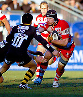 Alasdair Strokosch faces off against David Lemi as Gloucester put pressure on the home team late in the game. Guinness Premiership match between London Wasps and Gloucester on March 7, 2010 at Adams Park in High Wycombe, England. [Mandatory Credit: Patrick Khachfe/Onside Images]