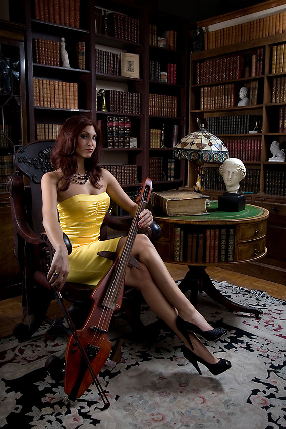 Cellist Sunny Davis from the band The Stiletto Formal.<br /> <br /> Shot for 944 Magazine.