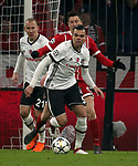 20.02.2018, Allianz Arena, München, GER, UEFA CL, FC Bayern München (GER) vs Besiktas Istanbul (TR) , im Bild<br />Domagoj Vida (Istanbul), Robert Lewandowski (München), Pepe (Instanbul)<br /><br /><br /> Foto © nordphoto / Bratic
