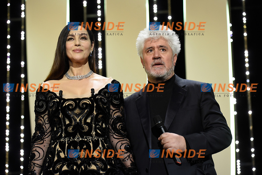 Monica Bellucci, Pedro Almodovar<br /> 28-05-2017 Cannes <br /> 70ma edizione Festival del Cinema <br /> Awards night . Serata Finale <br /> Foto Panoramic/Insidefoto