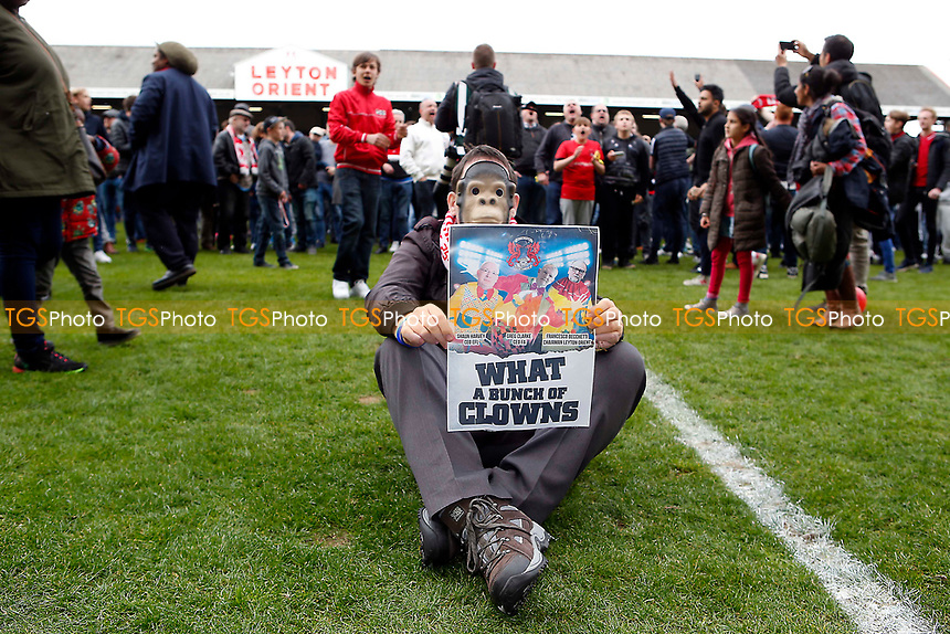 O's fans protest at the finl whiste at the chairman cunt becchetti during Leyton Orient vs Hartlepool United, Sky Bet EFL League 2 Football at the Matchroom Stadium on 17th April 2017