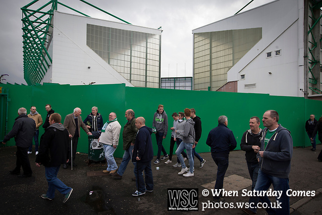 Hibernian 3 Alloa Athletic 0, 12/09/2015. Easter Road stadium, Scottish Championship. Fans making their way past the Famous Five Stand (right) and the East Stand at Easter Road stadium before the Scottish Championship match between Hibernian and visitors Alloa Athletic. The home team won the game by 3-0, watched by a crowd of 7,774. It was the Edinburgh club's second season in the second tier of Scottish football following their relegation from the Premiership in 2013-14. Photo by Colin McPherson.