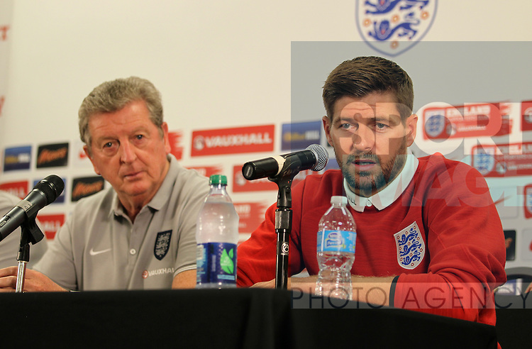 England's Roy Hodgson and Steven Gerrard during their press conference<br /> <br /> England Training &amp; Press Conference  - Barry University - Miami - USA - 06/06/2014  - Pic David Klein/Sportimage