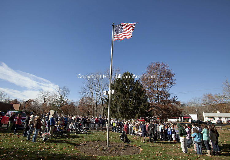 SOUTHBURY, CT-11 November 2013-111113BF04- Veterans, scouts and students took part in a Veterans Day ceremony at Veterans Memorial Park in Southbury Monday morning.  The event was hosted by Southbury's VFW Post 1607 and the Lt. C. Edward Hine American Legion Post 147.  Bob Falcetti Republican-American