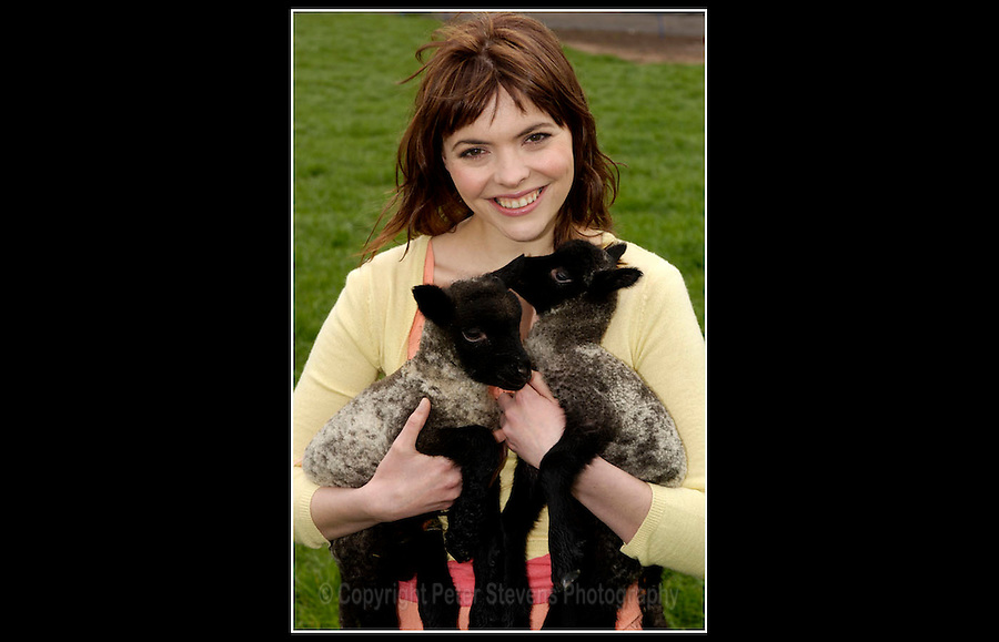 Kate Ford - CIWF: Stop the Bull Ship - Cheshire - 20th April 2005