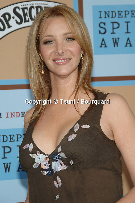 Lisa Kudrow arriving at the 21th Independent Spirit Awards on Santa Monica Beach  in Los Angeles March 4th, 2006.