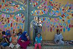 16 septiembre 2015. Ceti-Melilla <br /> Un millar de familias sirias, la mayor&iacute;a ni&ntilde;os, esperan en Nador y Beni Enzar (Marruecos) para poder cruzar a Melilla. La ONG Save the Children exige al Gobierno espa&ntilde;ol que tome un papel activo en la crisis de refugiados y facilite el acceso de estas familias a trav&eacute;s de la expedici&oacute;n de visados humanitarios en el consulado espa&ntilde;ol de Nador. Save the Children ha comprobado adem&aacute;s c&oacute;mo muchas de estas familias se han visto forzadas a separarse porque, en el momento del cierre de la frontera, unos miembros se han quedado en un lado o en el otro. Para poder cruzar el control, las mafias se aprovechan de la desesperaci&oacute;n de los sirios y les ofrecen pasaportes marroqu&iacute;es al precio de 1.000 euros. Diversas familias han explicado a Save the Children c&oacute;mo est&aacute;n endeudadas y han tenido que elegir qui&eacute;n pasa primero de sus miembros a Melilla, dejando a otros en Nador. &copy; Save the Children Handout/PEDRO ARMESTRE - No ventas -No Archivos - Uso editorial solamente - Uso libre solamente para 14 d&iacute;as despu&eacute;s de liberaci&oacute;n. Foto proporcionada por SAVE THE CHILDREN, uso solamente para ilustrar noticias o comentarios sobre los hechos o eventos representados en esta imagen.<br /> Save the Children Handout/ PEDRO ARMESTRE - No sales - No Archives - Editorial Use Only - Free use only for 14 days after release. Photo provided by SAVE THE CHILDREN, distributed handout photo to be used only to illustrate news reporting or commentary on the facts or events depicted in this image.
