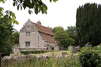 Ellys Manor House