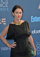 Robin Tunney at the 22nd Annual Critics' Choice Awards at Barker Hangar, Santa Monica Airport. <br /> December 11, 2016<br /> Picture: Paul Smith/Featureflash/SilverHub 0208 004 5359/ 07711 972644 Editors@silverhubmedia.com