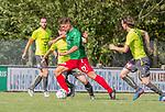 2018-08-12 / Voetbal / seizoen 2018 -2019 / KFC Houtvenne - RC Villers la Ville/ Glenn Van Asten (KFC Houtvenne) vooraan met achter hem Julien Habdas ,Foto: Mpics.be