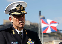 NAPOLI  IL COMMODORO OLANDESE BEN BEKKERING COMANDANTE DELLA SNMG1 (GRUPPO MARITTIMO PERMANENTE DELLA NATO)   DELLA NAVE HNLMS DE RUYER NAVE AMMIRAGLIA DEL GRUPPO PERMANENTE MARITTIMO DELLA NATO .FOTO CIRO DE LUCA