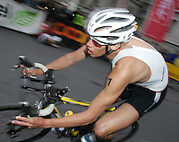 20 AUG 2005 - LAUSANNE, SWITZERLAND - Rasmus Henning (DEN) - European Elite Mens Triathlon Championships. (PHOTO (C) NIGEL FARROW)