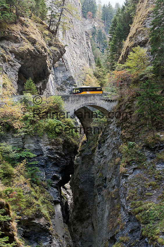 Schweiz, Graubuenden, Schlucht Viamala oder Via Mala (schlechter Weg) zwischen Thusis und Zillis-Reischen | Switzerland, Graubuenden, gorge Viamala or Via mala between Thusis and Zillis-Reischen