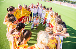 Tyres&ouml; 2014-05-25 Fotboll Damallsvenskan Tyres&ouml; FF - FC Roseng&aring;rd :  <br /> Tyres&ouml;s tr&auml;nare coach manager Tony Gustafsson har samlat Tyres&ouml;s spelare spelare i en ring efter matchen <br /> (Foto: Kenta J&ouml;nsson) Nyckelord:  Damallsvenskan Tyres&ouml;vallen Tyres&ouml; TFF FC Roseng&aring;rd FCR Malm&ouml; diskutera argumentera diskussion argumentation argument discuss grupp gruppbild