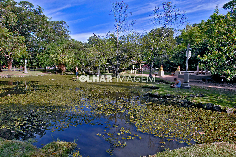 Jardim oriental do Parque da Redenção, cidade de Porto Alegre. Rio Grande do Sul. 2008. Foto de Juca Martins.