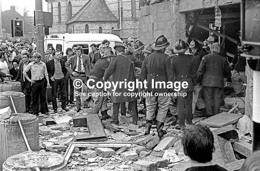 The scene following a Provisional IRA bomb at the Mountainview Tavern on the Shankill Road, Belfast, N Ireland. This explosion on 5th April 1975 was in retaliation for one a few hours earlier in McLaughlin's Bar in the New Lodge Road area of the city. Two Roman Catholics died in the McLaughin's Bar blast, five Protestants died in the Mountainview Tavern blast. 197504050362c<br />