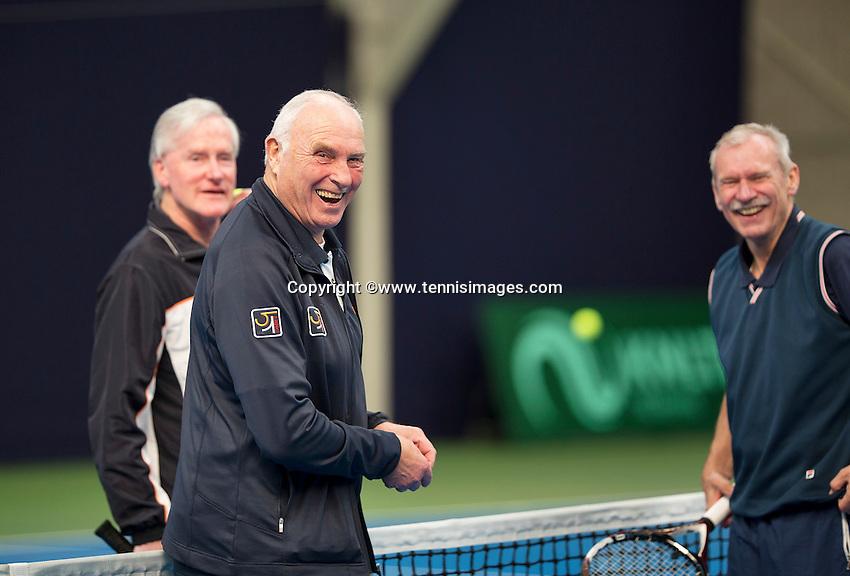 Hilversum, The Netherlands, March 10, 2016,  Tulip Tennis Center, NOVK, toss<br /> Photo: Tennisimages/Henk Koster