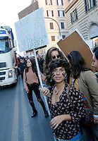 &quot;Non una di meno&quot;, manifestazione contro la violenza maschile sulle donne, a Roma, 26 novembre 2016.<br /> &quot;No one less&quot;, demonstration against male violence on women, in Rome, 26 November 2016.<br /> UPDATE IMAGES PRESS/Riccardo De Luca