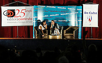 SAO PAULO, SP, 21 DE FEVEREIRO 2013 - YOANI SANCHEZ - SAO PAULO - A jornalista e blogueira cubana Yoani Sánchez durante debate com blogueiros no Cine Cultura desta noite desta quinta-feira na na regiao da avenida Paulista. FOTO: VANESSA CARVALHO - BRAZIL PHOTO PRESS.