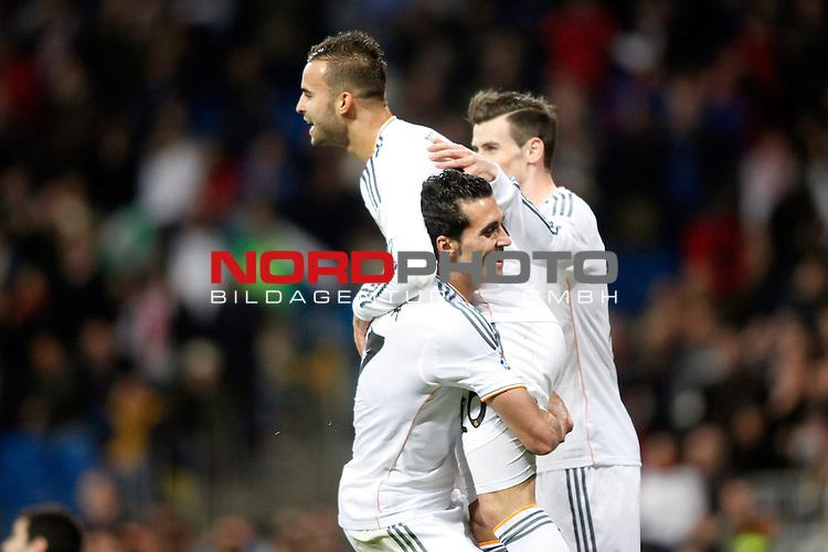 Real Madrid¬¥s Alvaro Arbeloa, Jesse and Gareth Bale during a Spain King Cup soccer match between Real Madrid and Osasuna at Santiago Bernabeu Stadium in Madrid, Spain. January 09, 2014. Foto © nph / Caro Marin)