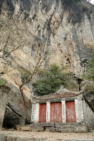 "Asia, Vietnam, Ninh Binh, near Hoa Lu. Pagoda in the pituresque landscape of the ""Halong Bay on Land""."